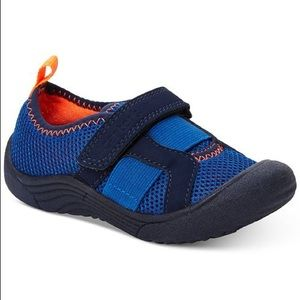 Carter's Troop Water Shoes. Size 7